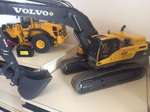 Pelle Occasion VOLVO THS EC480D sorties hydrauliques